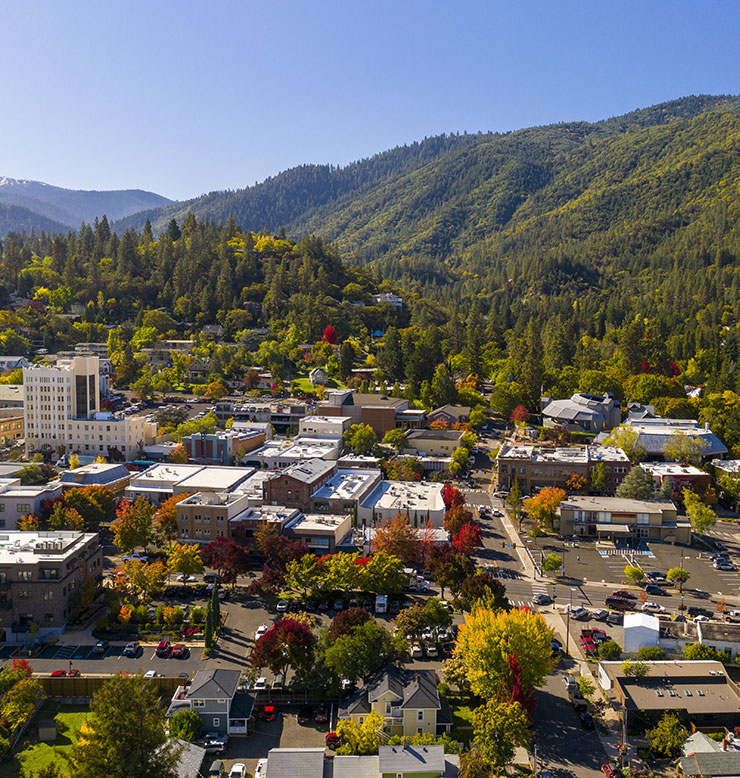 Fall colors in downtown Ashland